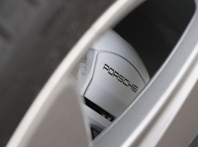 2020 Porsche V6 S PDK 4WD 5-door (Blue) - Image: 25