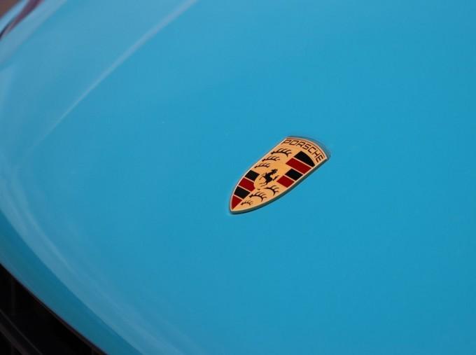 2020 Porsche V6 S PDK 4WD 5-door (Blue) - Image: 31