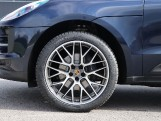 2021 Porsche PDK 4WD 5-door (Blue) - Image: 4