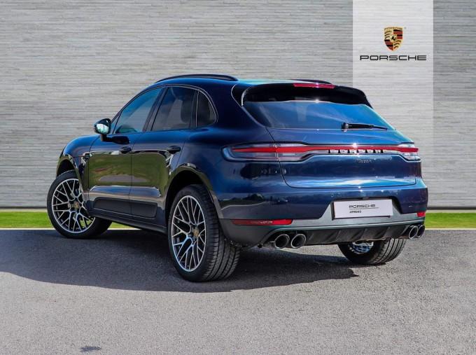 2021 Porsche PDK 4WD 5-door (Blue) - Image: 22