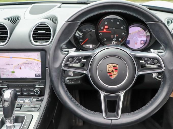 2018 Porsche PDK 2-door (Silver) - Image: 10