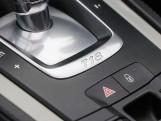 2018 Porsche PDK 2-door (Silver) - Image: 18