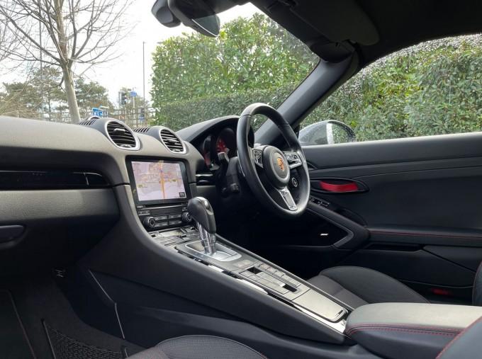 2019 Porsche T PDK 2-door (Black) - Image: 3