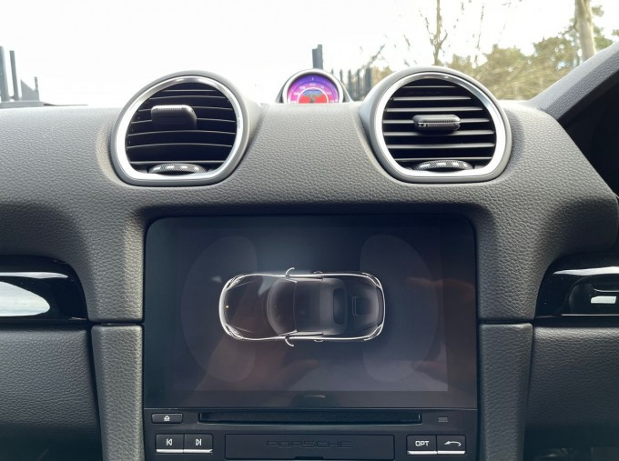 2019 Porsche T PDK 2-door (Black) - Image: 12