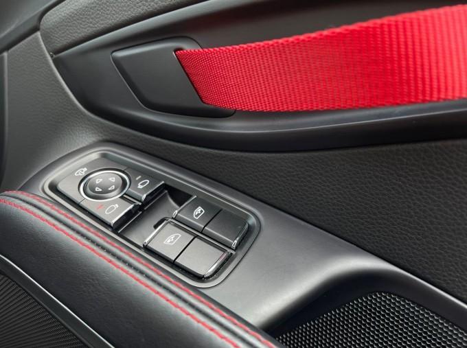 2019 Porsche T PDK 2-door (Black) - Image: 18