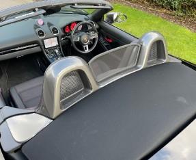 2019 Porsche T PDK 2-door (Black) - Image: 25
