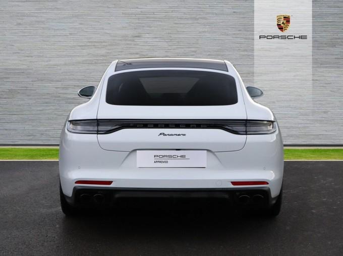 2021 Porsche V6 4 PDK 4WD 4-door (White) - Image: 7