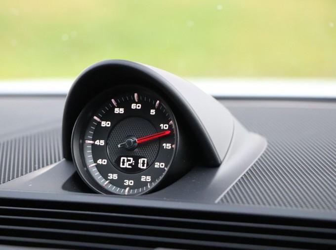 2021 Porsche V6 4 PDK 4WD 4-door (White) - Image: 13