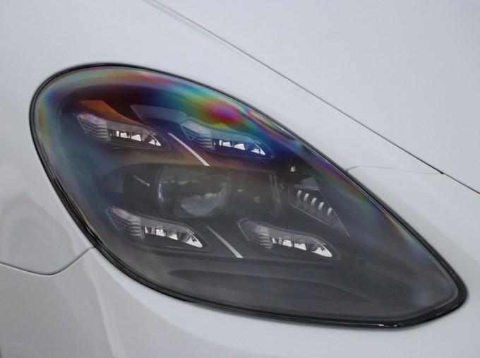 2021 Porsche V6 4 PDK 4WD 4-door (White) - Image: 19