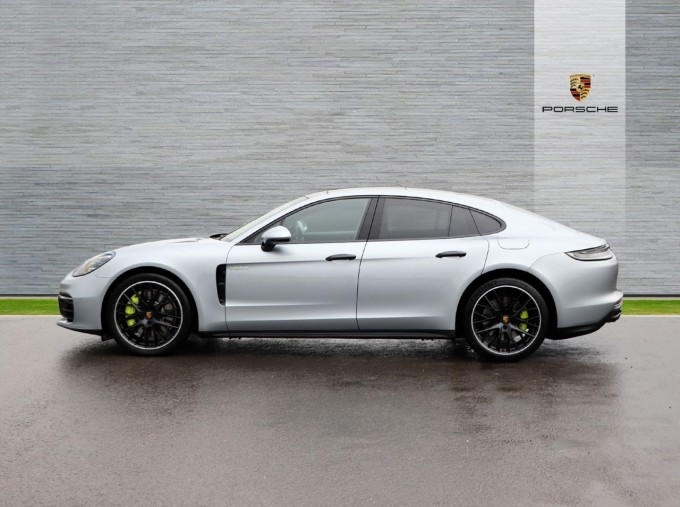 2021 Porsche V6 E-Hybrid 14kWh 4 PDK 4WD 4-door (Silver) - Image: 5