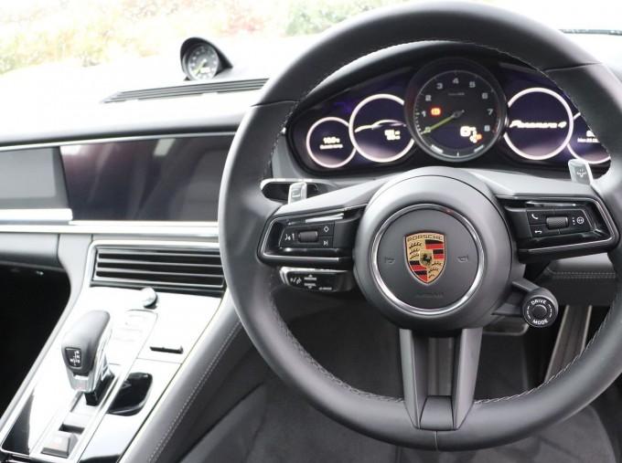 2021 Porsche V6 E-Hybrid 14kWh 4 PDK 4WD 4-door (Silver) - Image: 8