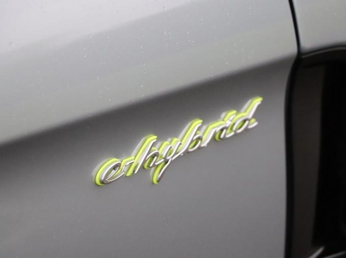 2021 Porsche V6 E-Hybrid 14kWh 4 PDK 4WD 4-door (Silver) - Image: 18