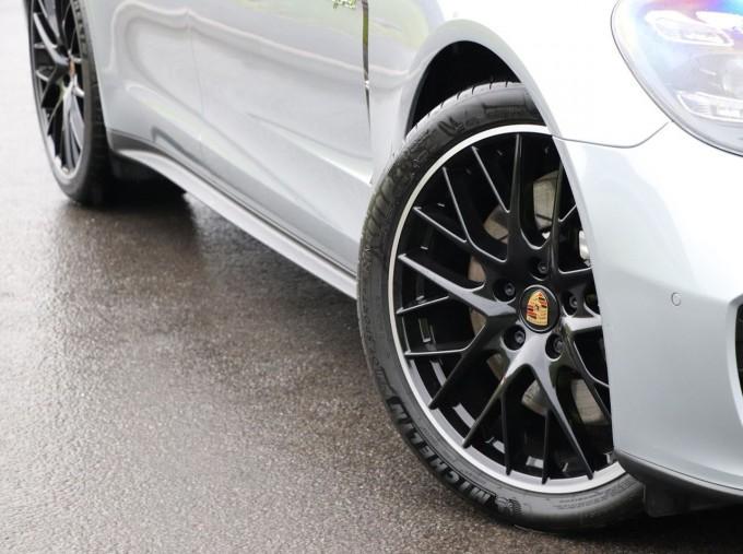 2021 Porsche V6 E-Hybrid 14kWh 4 PDK 4WD 4-door (Silver) - Image: 19