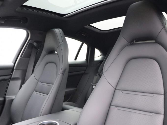 2021 Porsche V6 E-Hybrid 14kWh 4 PDK 4WD 4-door (Silver) - Image: 29