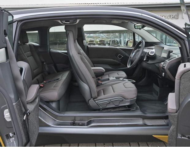 2021 BMW 42.2kWh Auto 5-door (Gold) - Image: 10