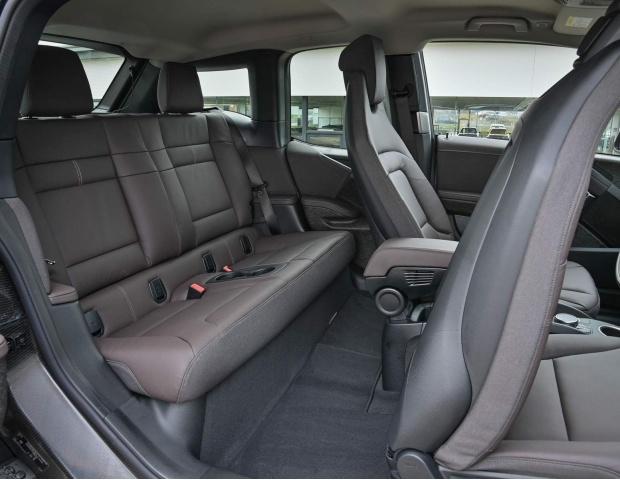 2021 BMW 42.2kWh Auto 5-door (Gold) - Image: 11