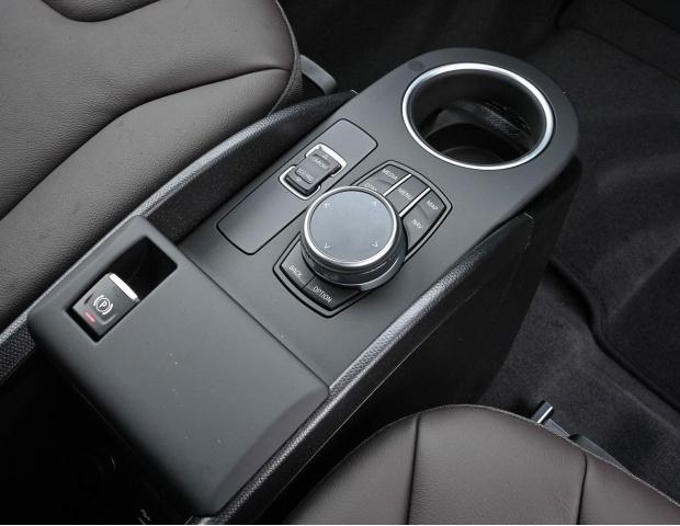 2021 BMW 42.2kWh Auto 5-door (Gold) - Image: 20