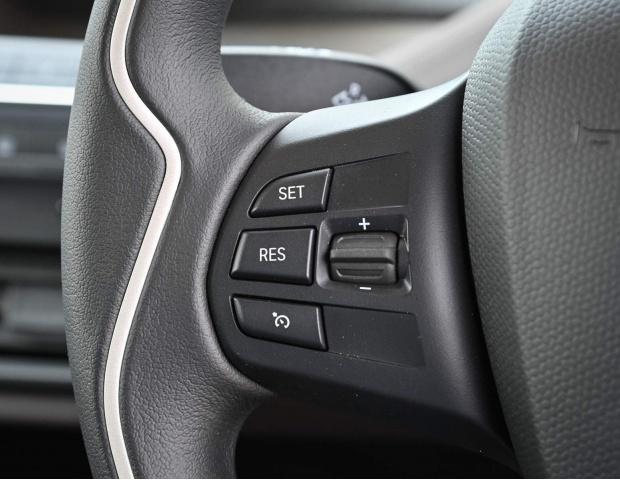 2021 BMW 42.2kWh Auto 5-door (Gold) - Image: 28