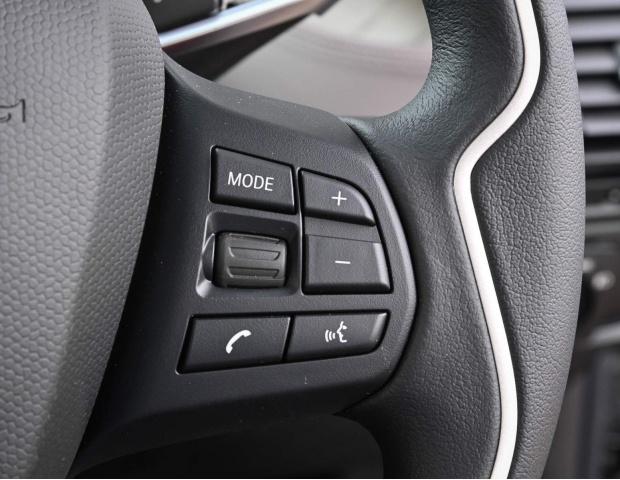 2021 BMW 42.2kWh Auto 5-door (Gold) - Image: 29