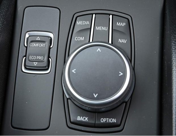 2021 BMW 42.2kWh Auto 5-door (Gold) - Image: 30