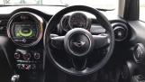 2017 MINI 5-door Cooper (Black) - Image: 5
