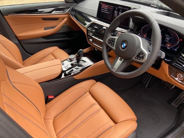 2021 BMW 530d MHT M Sport Touring Steptronic xDrive 5-door  - Image: 8