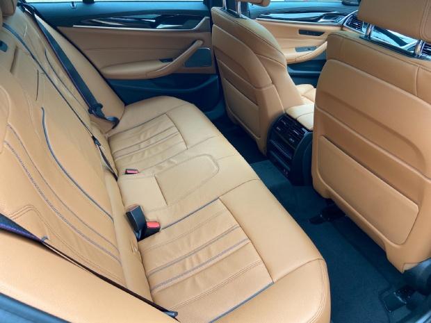 2021 BMW 530d MHT M Sport Touring Steptronic xDrive 5-door  - Image: 15