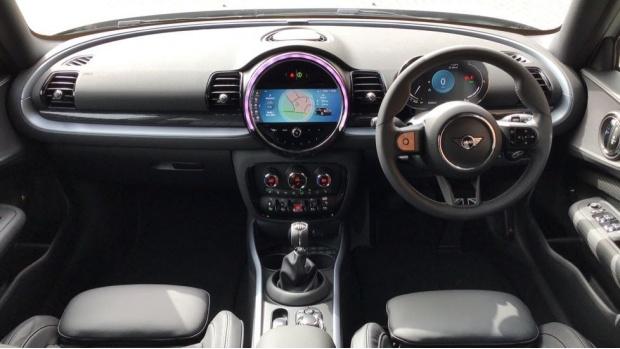 2021 MINI Cooper Exclusive (Silver) - Image: 4