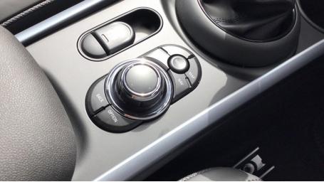 2021 MINI Cooper Exclusive (Silver) - Image: 19