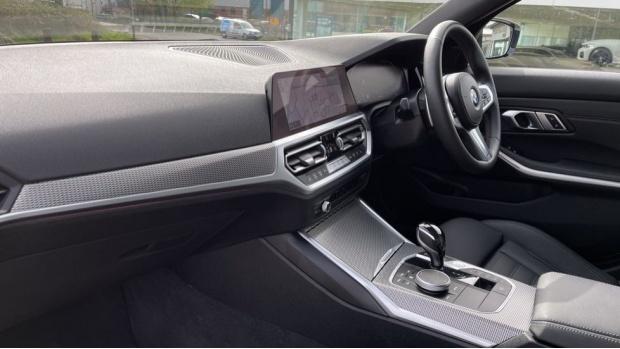 2020 BMW 330i M Sport Saloon (White) - Image: 7