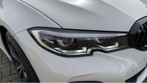 2020 BMW 330i M Sport Saloon (White) - Image: 23