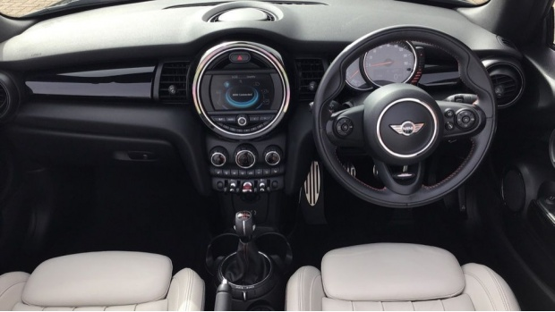 2017 MINI Cooper S Convertible (Black) - Image: 4