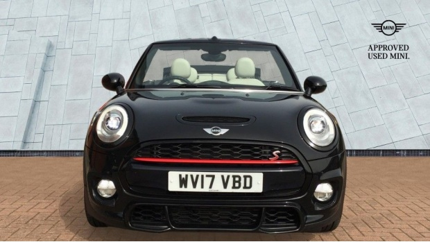 2017 MINI Cooper S Convertible (Black) - Image: 16