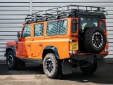 2016 Land Rover D Adventure Edition Station Wagon 5-door (Orange) - Image: 2