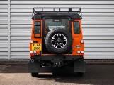 2016 Land Rover D Adventure Edition Station Wagon 5-door (Orange) - Image: 6