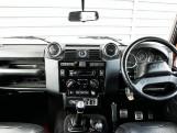 2016 Land Rover D Adventure Edition Station Wagon 5-door (Orange) - Image: 9