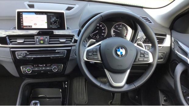2020 BMW XDrive18d Sport (Black) - Image: 5