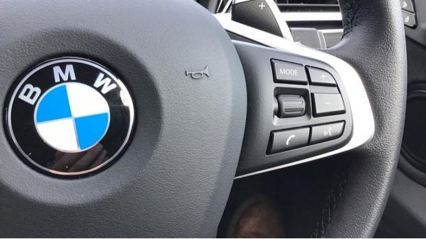 2020 BMW XDrive18d Sport (Black) - Image: 18