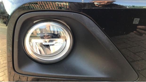 2020 BMW XDrive18d Sport (Black) - Image: 24
