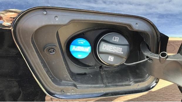 2020 BMW XDrive18d Sport (Black) - Image: 29