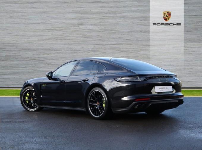 2020 Porsche V6 E-Hybrid 17.9kWh 4S PDK 4WD 4-door (Black) - Image: 2