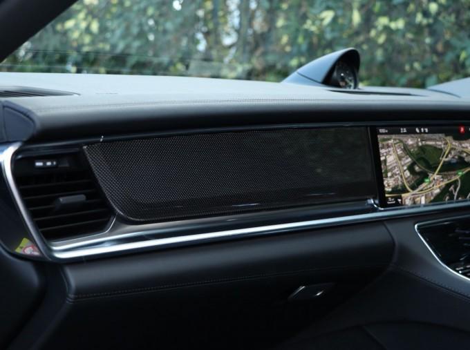 2020 Porsche V6 E-Hybrid 17.9kWh 4S PDK 4WD 4-door (Black) - Image: 25