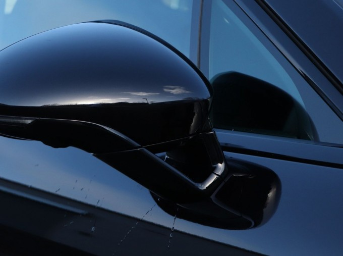 2020 Porsche V6 E-Hybrid 17.9kWh 4S PDK 4WD 4-door (Black) - Image: 26