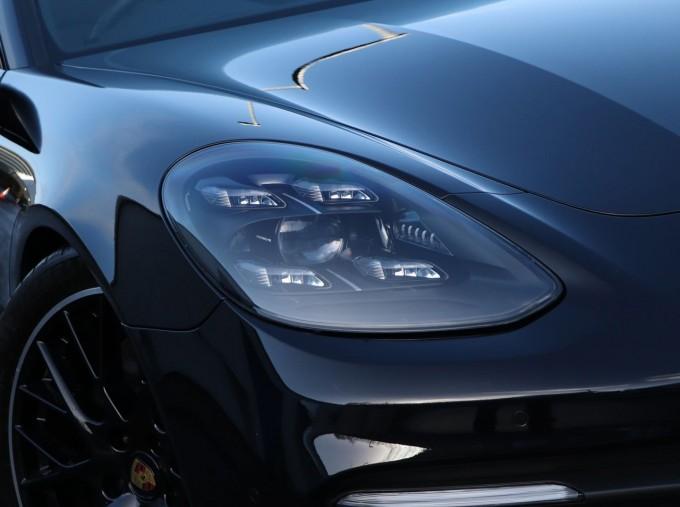 2020 Porsche V6 E-Hybrid 17.9kWh 4S PDK 4WD 4-door (Black) - Image: 27