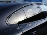 2020 Porsche V6 E-Hybrid 17.9kWh 4S PDK 4WD 4-door (Black) - Image: 28