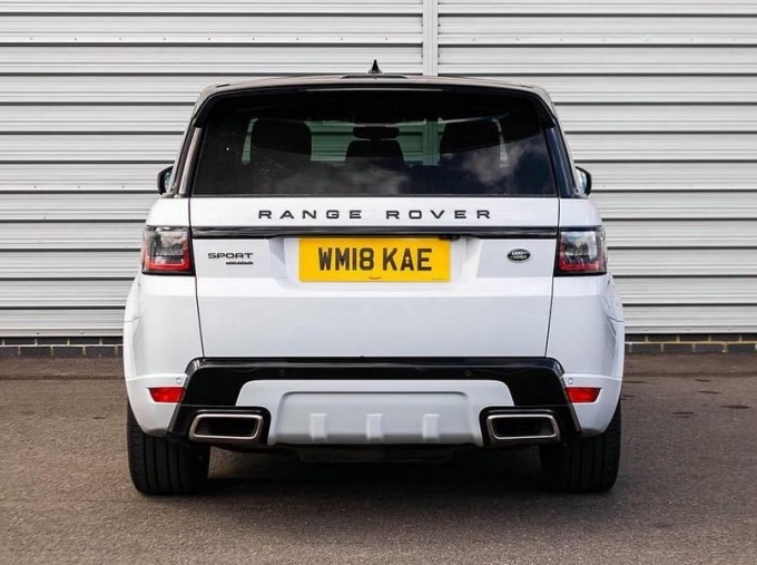 2018 Land Rover SD V6 HSE Dynamic Auto 4WD 5-door (White) - Image: 6