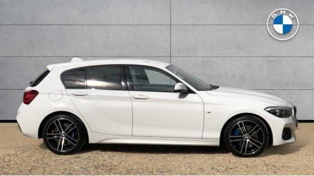 2017 BMW 120d M Sport Shadow Edition 5-door (White) - Image: 3