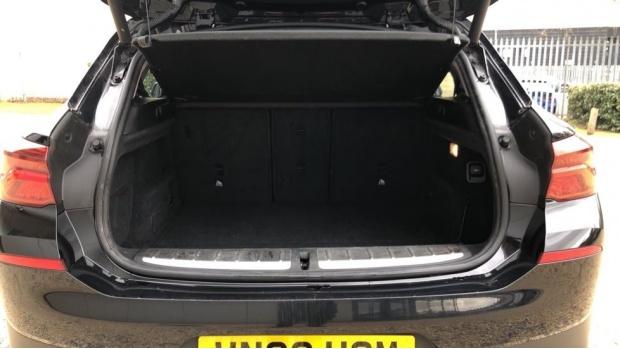 2018 BMW XDrive20d Sport (Black) - Image: 13
