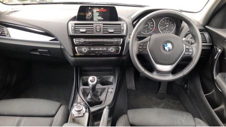 2017 BMW 118i Sport 5-door (Grey) - Image: 4