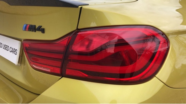 2018 BMW Coupe Competition Package (Yellow) - Image: 21